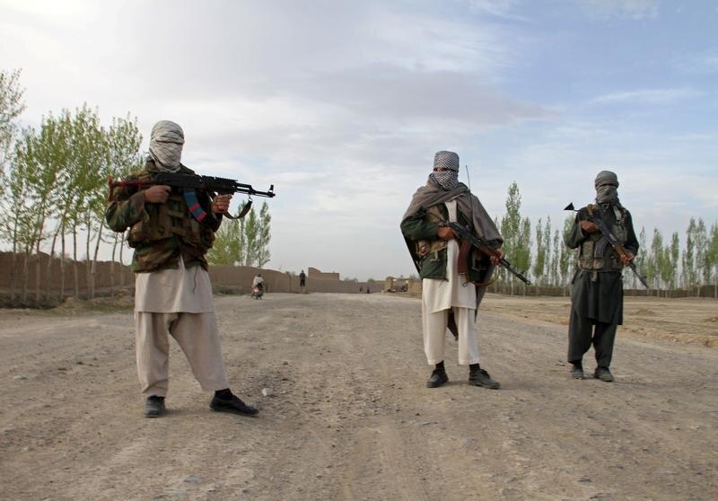 طالبان دو ولایت دیگر را تصرف کرد/۱۵۰ سرباز ارتش به طالبان پیوست